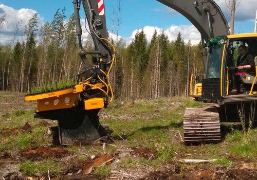 Plantadora Hidraulica Tk120 Para Plantar Arboles De Madera Blanda